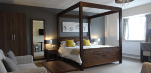 The Crossways Wells - New Four Poster Suite